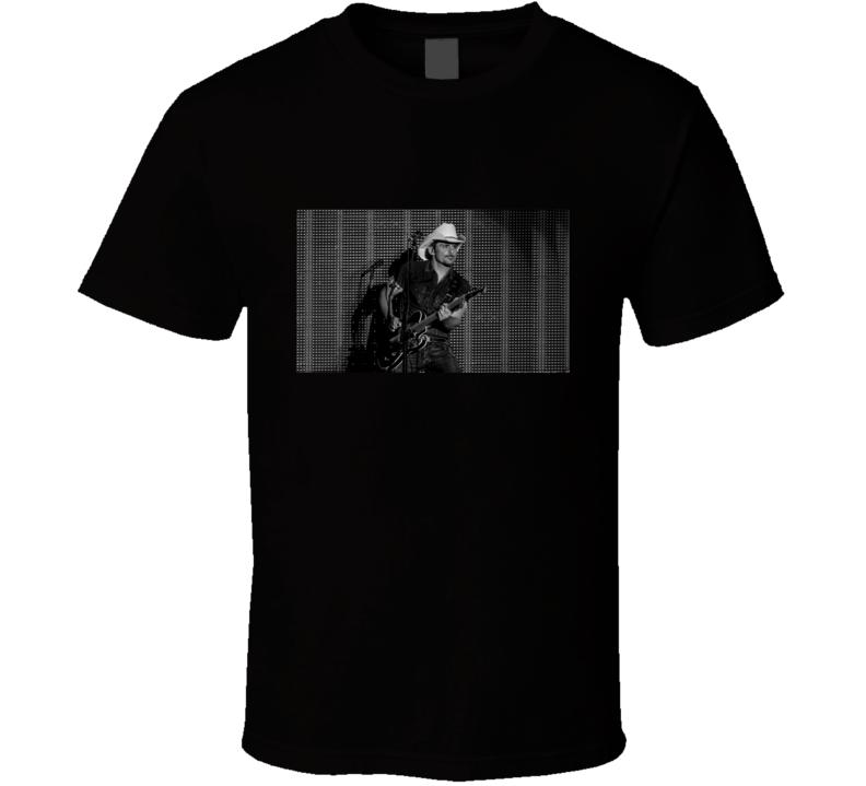 Brad Paisley Tshirt (All Colors Available)