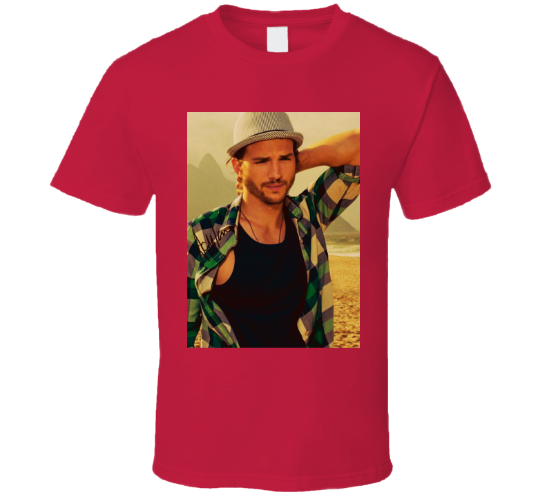 Ashton Kutcher Signature Trending Actor Celebrity Autographed T Shirt