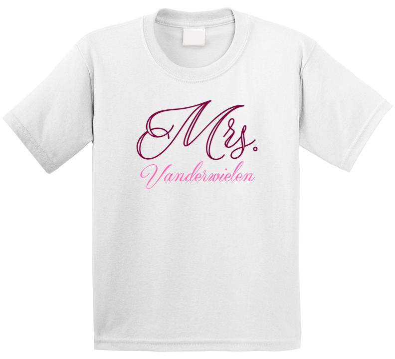 Mrs Vanderwielen Last Name Funny T Shirt
