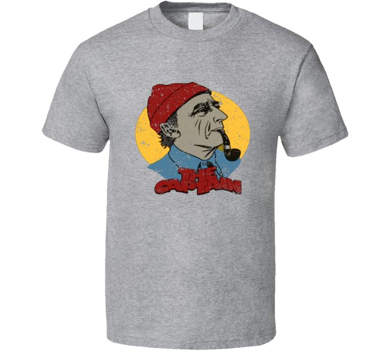 Jacques Cousteau retro French ocean explorer sea diving distressed vintage style t-shirt