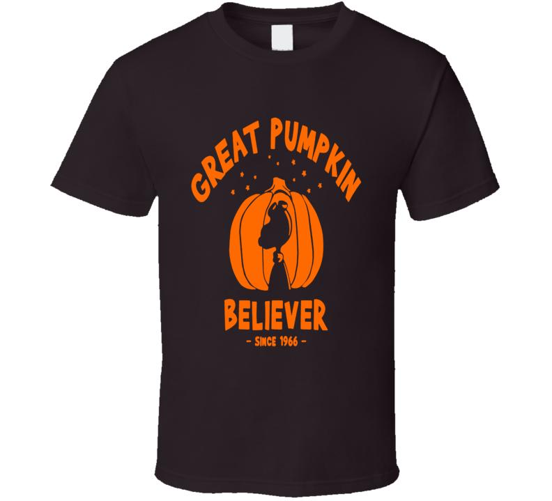 Charlie Brown Snoopy Linus Great Pumpkin Believer Since 1966 Fun Fan T Shirt
