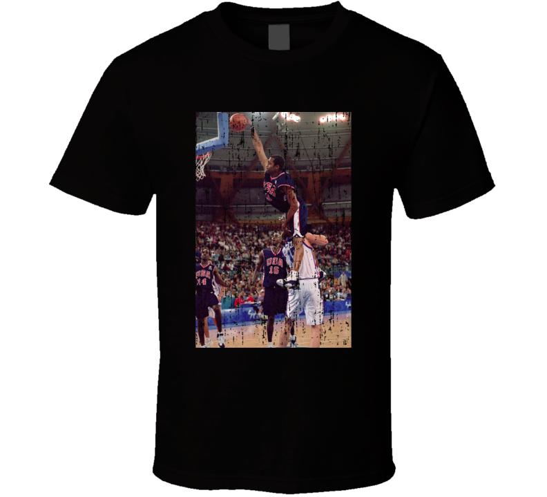 Vince Carter Dunks Over 7ft, Vinsanity USA Olympics Grunge T Shirt