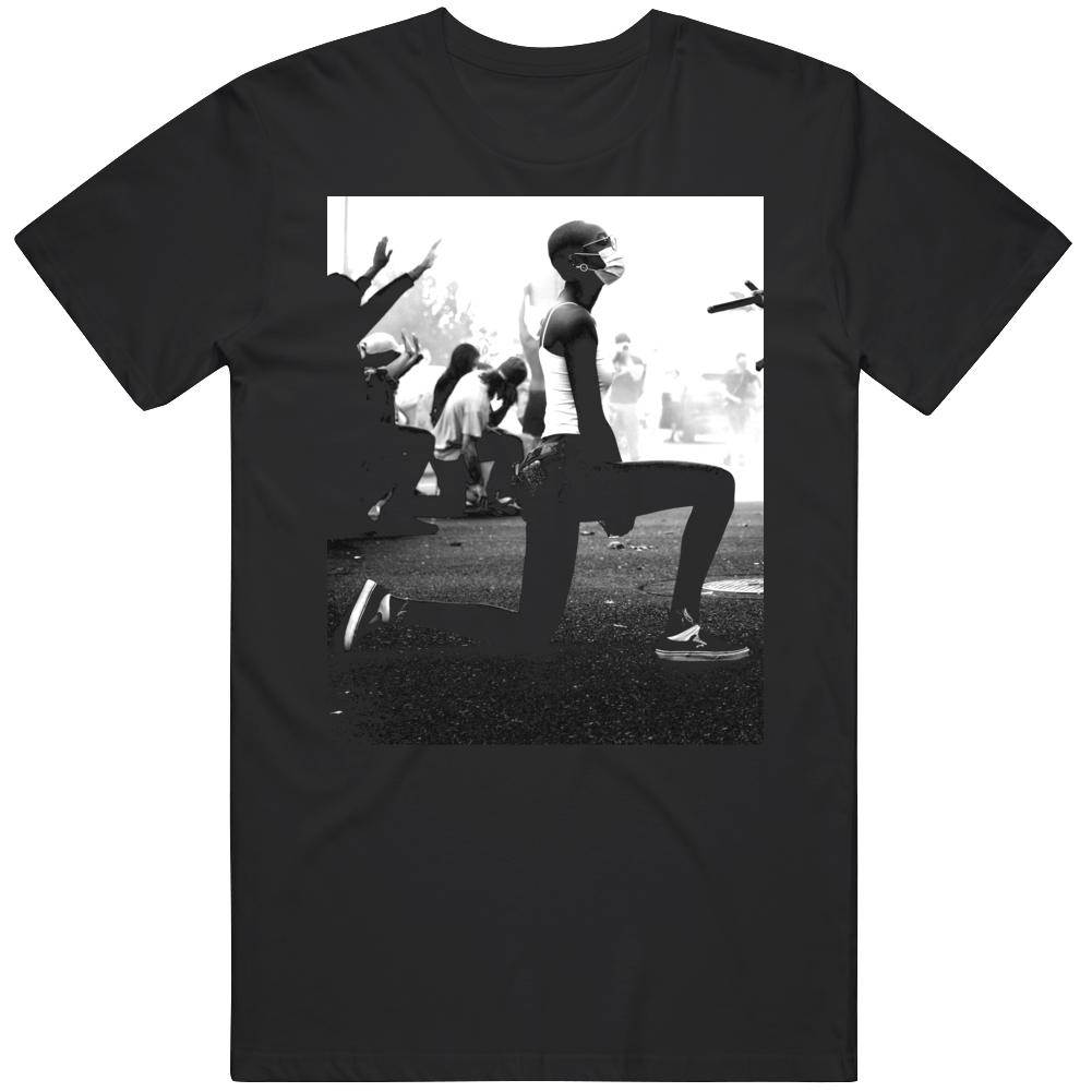 Justice For George Floyd Black Lives Matter Kneeling v4 T Shirt