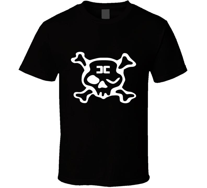Combichrist Skull crosbones jolly roger white Logo  T Shirt
