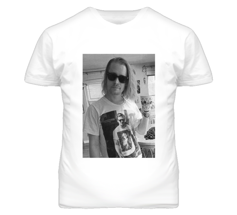 Macaulay Culkin Wearing A T Shirt Of Ryan Gosling Wearing A T Shirt Of Macaulay Culkin T Shirt