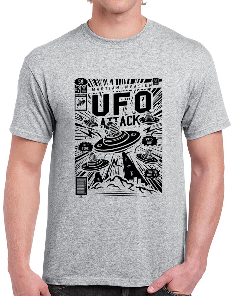 Martian Invasion UFO Attack Retro Comic Book Style T Shirt